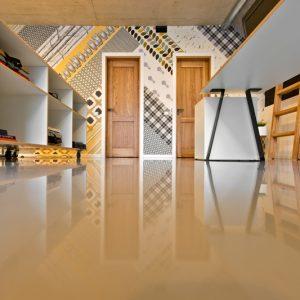 Liejamos grindys, Dekorama 2