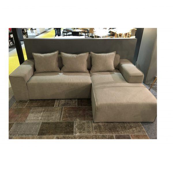 sofa su miegamu mechanizmu