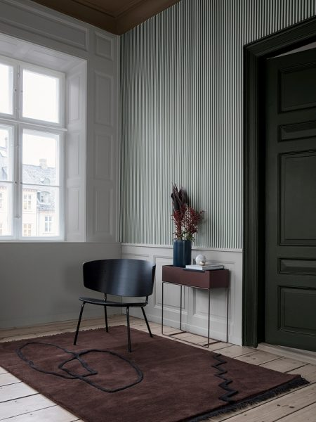 tapetai-fermliving-Thin-Lines-Wallpaper-Green-Off-White-534-interjere