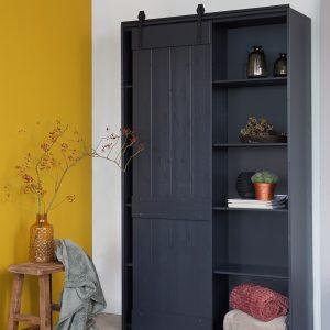 komoda Derby sliding door cabinet pine black interjere
