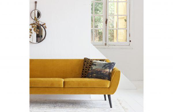 sofa-Rocco-sofa-velvet-ochre-interjere